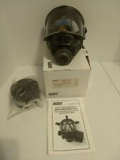 Scott M98 Full Face, C.B.R.N./N.A.T.O., includes one 40mm canister, Medium. New.