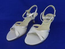 NEW Special Occasions by Saugus Shoe Bridal 2630 Size 8B White Satin Sandal