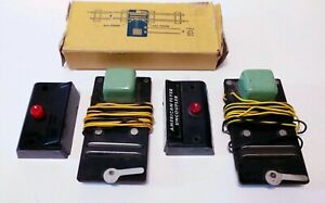 American Flyer (#706) 2 Remote Uncoupler & 2 Buttons Train Controls not tested