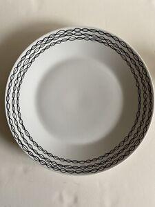 "Crate & Barrel Julia Rothman Leif Chop Plate 14"" Black Leaves"