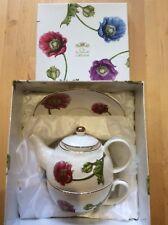 The Leonardo Collection Porcelain Tea Set Teapot Cup & Saucer Boxed Stunning