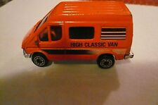 vintage VAN TRUCK// DIECAST //CHINA high classic van