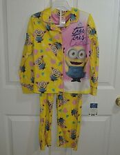 DESPICABLE ME GIRLS SIZE 8 LS FLANNEL PAJAMAS MINIONS-NWT-FLAME RESISTANT