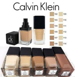 CALVIN KLEIN INFINITE HYDRATION / OIL FREE FOUNDATION :CHOOSE FREE MAKEUP SPONGE