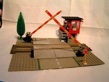 LEGO TRAIN VINTAGE   -  PASSAGE A NIVEAU  ( ref. 7835)