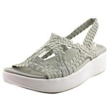 Sandalias y chanclas de mujer de tacón medio (2,5-7,5 cm) de color principal gris de lona