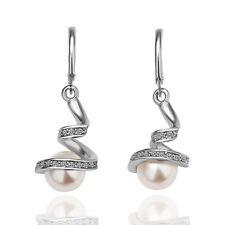 Edle Ohrringe mit schön eingesetzten Steinen und Perle Weißgold Silber