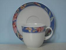 Form Marienbad Ingres Weiss Kaffeetasse mit Untertasse Rosa Blumen Blau