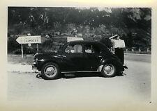 PHOTO ANCIENNE - VINTAGE SNAPSHOT - VOITURE RENAULT 4CV PANNEAU CHAMBERY - CAR