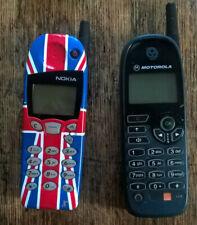 TWO CLASSIC RETRO MOBILE PHONES MOTOROLA & NOKIA 5130