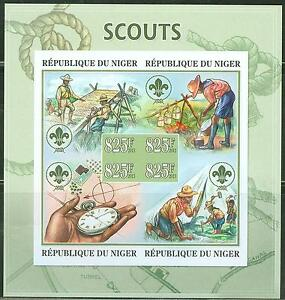 NIGER 2013 BOY SCOUTS AT WORK IN NIGER SHEETLET OF FOUR STAMPS IMPERF