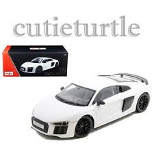 Maisto Audi R8 V10 Plus 1:18 Diecast Model Car Exclusive Edition 38135 White