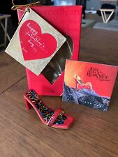 Just Right Shoe Heart & Sole 2001 Retired # 25221 Valentines Day Edition Nib