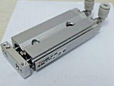 Cylindre 6mm Calibre X 30mm Coup, SMC CXSJM6P-30-A93 Compact Guidé