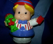 FISHER PRICE LITTLE PEOPLE EDDIE THE RING MASTER Rare!!!!! 2003 j91