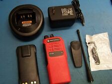 "Motorola HT750 UHF 403-470MHz 4 CH AAH25RDC9AA2AN ""VFD"" Red Case Tested Mint"