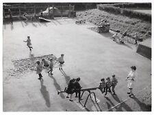 PHOTO Cour de Maternelle 1950 École Enfant Écolier Jeu extérieur Bac à sable