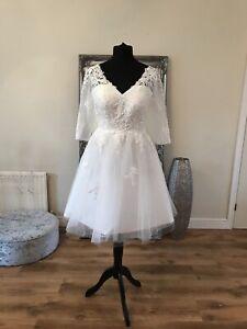 Bridal Gown/Wedding dress,Short Tea Length, long sleeve,Ivory,Size 20, Brand New