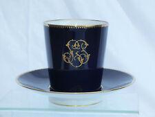 + Superbe Tasse Trembleuse en Porcelaine Bleu de Sèvres et Or +