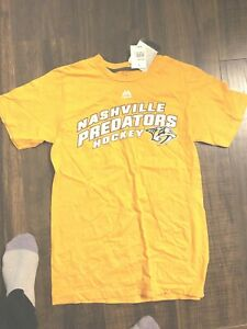 NWT Majestic Nashville Predators Logo T-Shirt Size Small New With Tags men gift