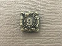 """US ARMY 9TH INFANTRY REGIMENT """"KEEP UP THE FIRE"""" PIN"""