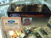 AUTOART 1:18 87611 FORD FALCON XC COUPE D.JOHNSON #17 LAKESIDE BOX AND COA ONLY