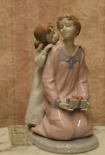 Mother and Daughter with Gift, 1118, NADAL Porcelain  Fine Figurine