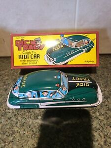Schylling Dick Tracy Classic Tin Riot Car with Authentic Siren Sound   k97