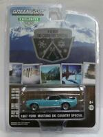 GREENLIGHT '67 FORD MUSTANG COUPE Winter Park Turquoise SKI COUNTRY SPECIAL 1/64
