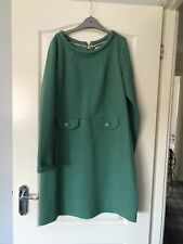 boden dress Size 14L green in colour hardly worn.