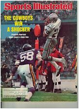 Jan 5, 1976 issue of Sports Illustrated Dallas Cowboys Preston Pearson  Cover