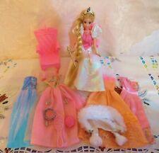 Konvolut Barbie Möbel Bekleidung + Barbie Rapunzel