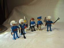 PLAYMOBIL - Anciennes figurines et accessoires POLICE