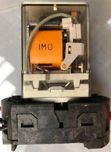 IMO Plug In Power Relay 8 PIN 240V Coil 250V-AC Type 60.12 10-Amps