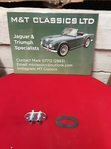 Triumph Tr4 6 heater adaptor and rubber pad NEW