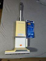 ELECTROLUX LUX GUARDIAN UPRIGHT VACUUM CARPET CLEANER BY AERUS U147F W/ 12 BAGS