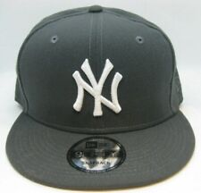 New Era 9Fifty Charcoal Gray Solid MLB New York Yankees Snapback Hat Cap