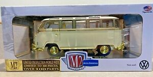 M2 Machines Chase 1/24 1960 VW MICROBUS DELUXE USA MODEL 1 of 300 Gold Rare