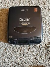 Vintage Sony Discman D-33 Cd Compact Portable Player. for parts or repair