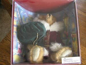 Mary Meyer ST NICK Brown Bear 1997 Green Mountain Holiday SIGNED Signature Teddy