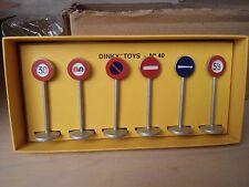 Dinky Toys Atlas Panneaux De Signalisation N°40 NEUFS en boite
