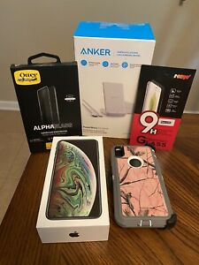 Apple iPhone XS Max - 256GB - Space Gray (AT&T) A1921 (CDMA + GSM) With Extras