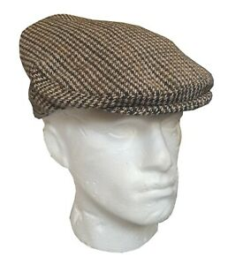 Classic Country Style Cap Brown Checked pattern traditional cap