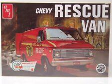 Chevrolet Rescue Van 1975 Blanco,Equipo de Construcción Plástico,Coche Modelo 1: