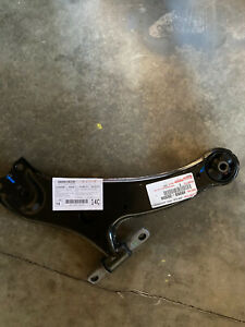 OEM GENUINE TOYOTA HIGHLANDER VENZA LEXUS RX350 FRONT LEFT LOWER CONTROL ARM