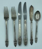 Vintage International Silverplate Deluxe Flatware Lot of 6 Forks Knives Spoon b5