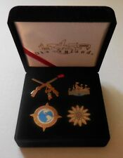 Disney Pin 45th Birthday Boxed Watch/Set of 4 Pins & Velvet Box Case LE New