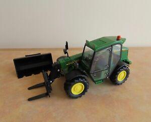 Britains Ltd. John Deere 3200 Telehandler Diecast Model, Farm Farming 1:32 Scale