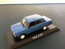 VAZ 2107 VOITURE 1/43 IXO IST - LEGENDARY CAR AUTO - BA61