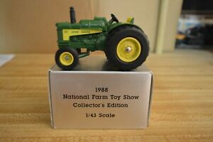 1/43 John Deere 630  1988 National Farm Toy Show Collector's Edition